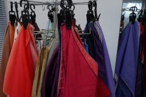 analyse met kleurendoeken tijdens kleuradvies Utrecht